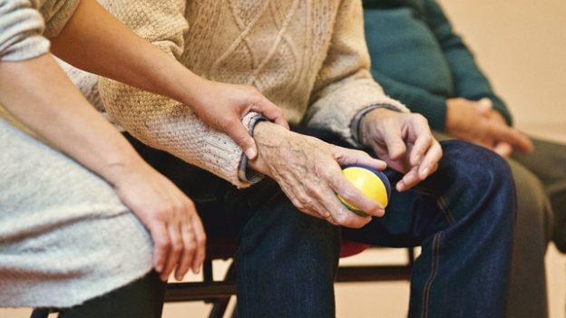 elderly-ball